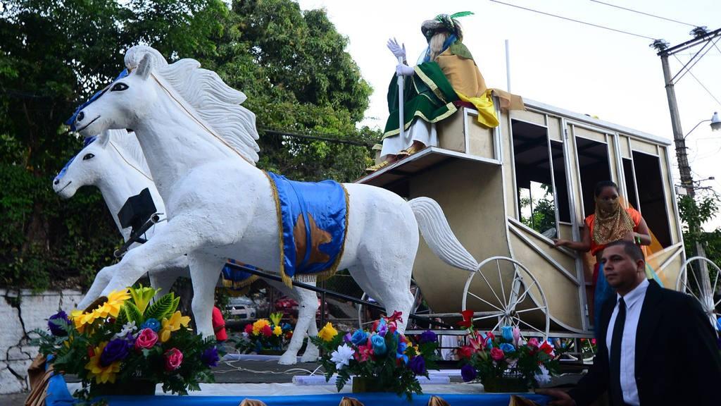 Desfile de los Reyes Magos en Ayutuxtepeque.